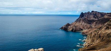 Una de las isla más remotas del mundo recibe su primer vuelo comercial