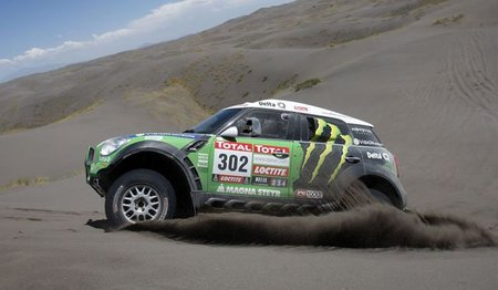 peterhansel-dakar-2012-4.jpg
