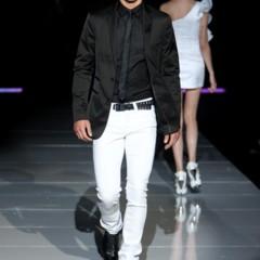 Foto 5 de 8 de la galería como-combinar-unos-vaqueros-blancos en Trendencias Hombre