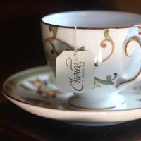 El secreto detrás de la cafeína en el té