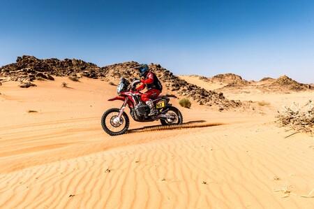 Kevin Benavides gana la etapa 9 del Dakar y Nacho Cornejo fortalece su liderato por el abandono de Toby Price