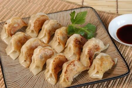 Dumplings de carne con verduras. Receta fácil para celebrar el Año Nuevo Chino