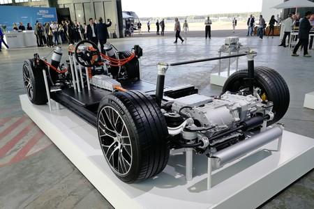 Porsche Taycan 2020 018