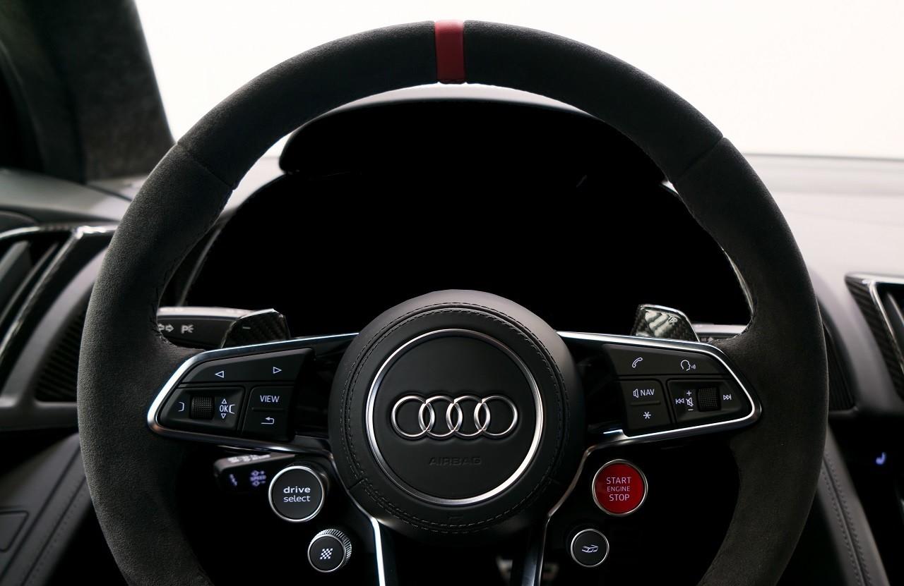 Foto de Audi R8 V10 Plus Coupé Competition Package (11/12)
