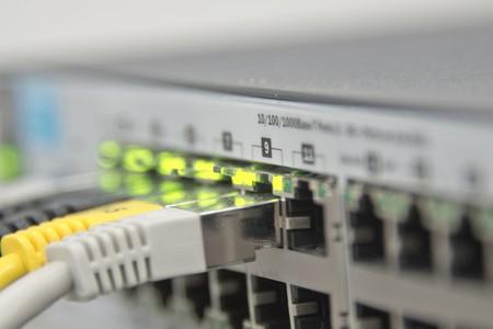 Cómo montar tu propia red de 1 Gbps en casa: qué opciones hay y cómo desplegarlas