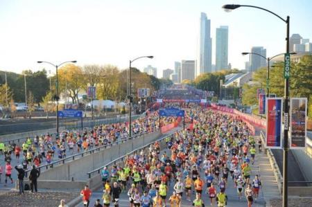 Kenia arrasa en el del Maratón de Chicago 2014