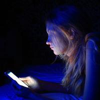 Ojo con lo que compartes: 'Dominó', una campaña para ayudar a frenar el ciberacoso entre los jóvenes