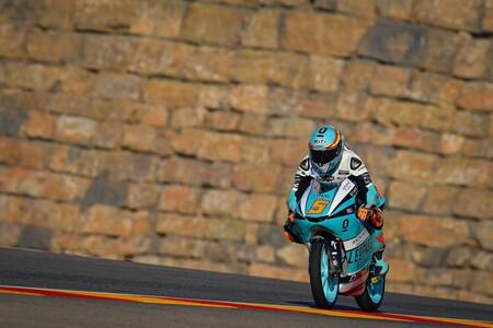 Jaume Masiá da un puñetazo sobre la cúpula para ganar su primera carrera del año por pura potencia