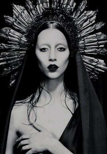 Los católicos y la Iglesia creo que no van a bailar mucho 'Judas', el nuevo single de Lady Gaga