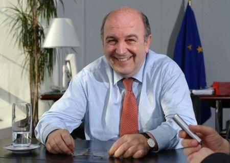 "Europa apoya subvencionar una tarjeta para comprar ""música legal"" en Internet"
