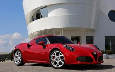 Alfa Romeo 4C llegará a México en 2014