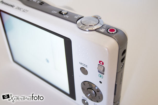 Panasonic Lumix DMC-SZ7 detalles botones