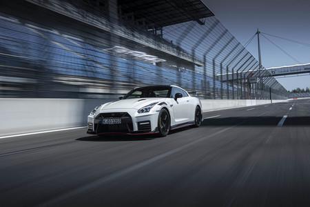 El nuevo Nissan GT-R NISMO mantiene sus 600 CV de potencia pero ahora costará más de 200.000 euros