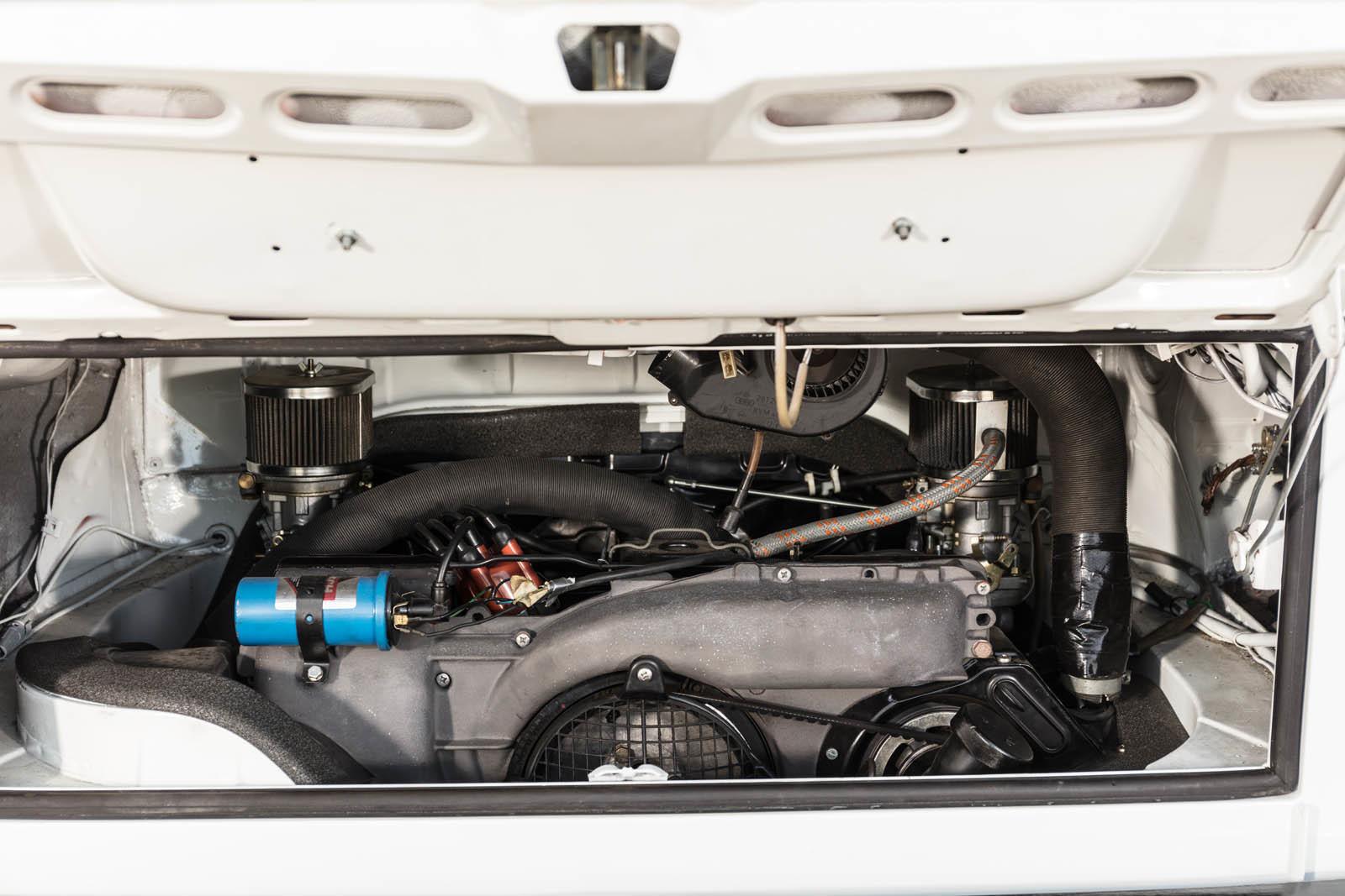 Foto de Porsche 930 clásico a subasta (3/42)