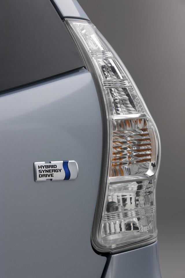 Foto de 2011 Toyota Prius v (55/77)