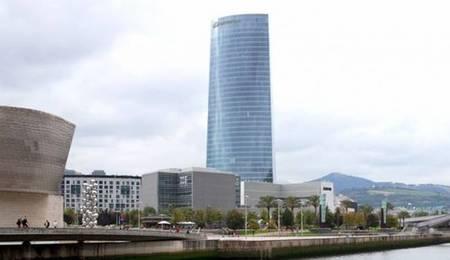 Los reyes inauguran la Torre Iberdrola en Bilbao