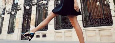 12 zapatos negros de tacón con un toque especial para volver a elevar nuestros looks después de todo un año en deportivas