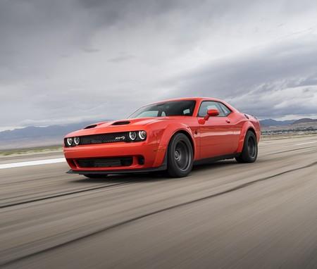 Dodge Challenger SRT Super Stock 2020, el muscle car que quiere conquistar el ¼ de milla con sus 807 hp