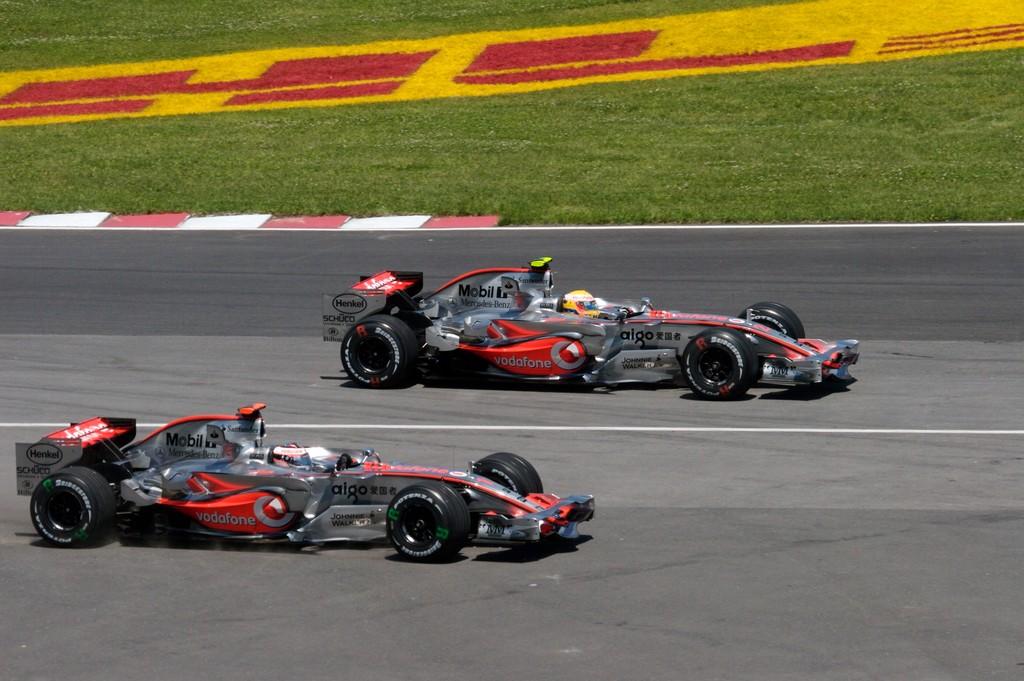 Lewis Hamilton vio