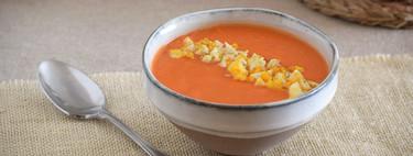 13 recetas de sopas y cremas frías ligeras, ideales para perder peso en verano
