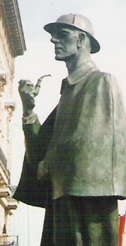 Estatua de Holmes en Londres