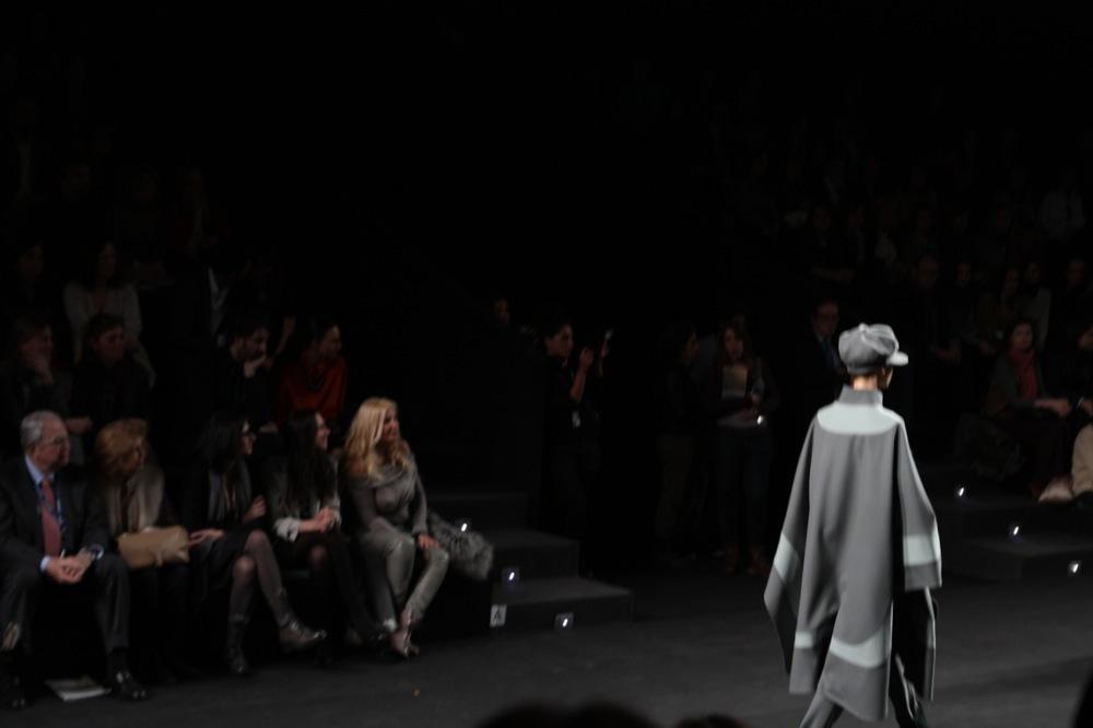 Foto de Jesús del Pozo en la Cibeles Fashion Week Otoño-Invierno 2011/2012 (18/71)