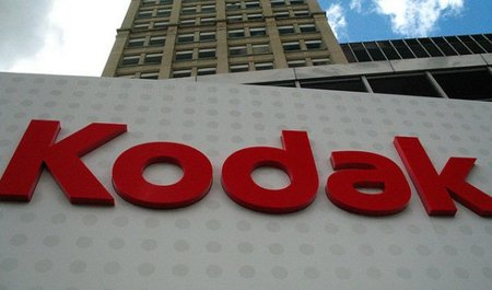 Apple y Google ofrecen 500 millones de dólares por las patentes de Kodak