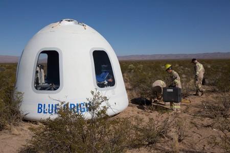 Blue Origin prueba con éxito su cápsula espacial con las mayores ventanas del espacio