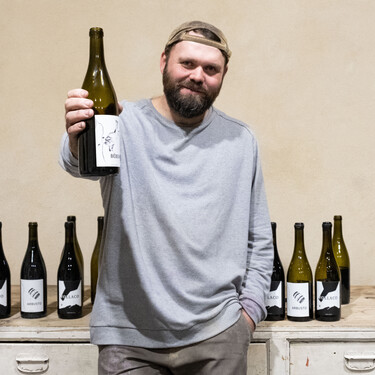 Bodegas Frontío: la historia de un danés llamado Chus que dejó de ser broker para hacer vino en los Arribes del Duero zamoranos