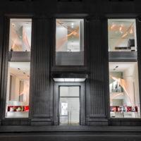 Hoy en 'escaparates navideños molones' el de Calvin Klein en Nueva York