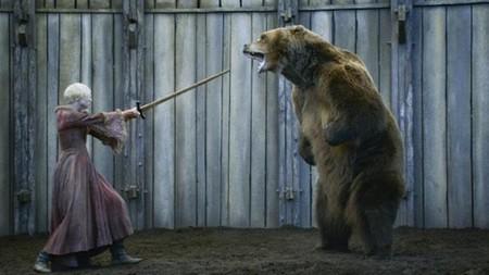 Más allá de 'Juego de Tronos': 3x07, El oso y la doncella