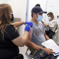 México sí vacunará contra COVID a menores de edad: serán menos de un millón que tienen riesgo de desarrollar enfermedad grave