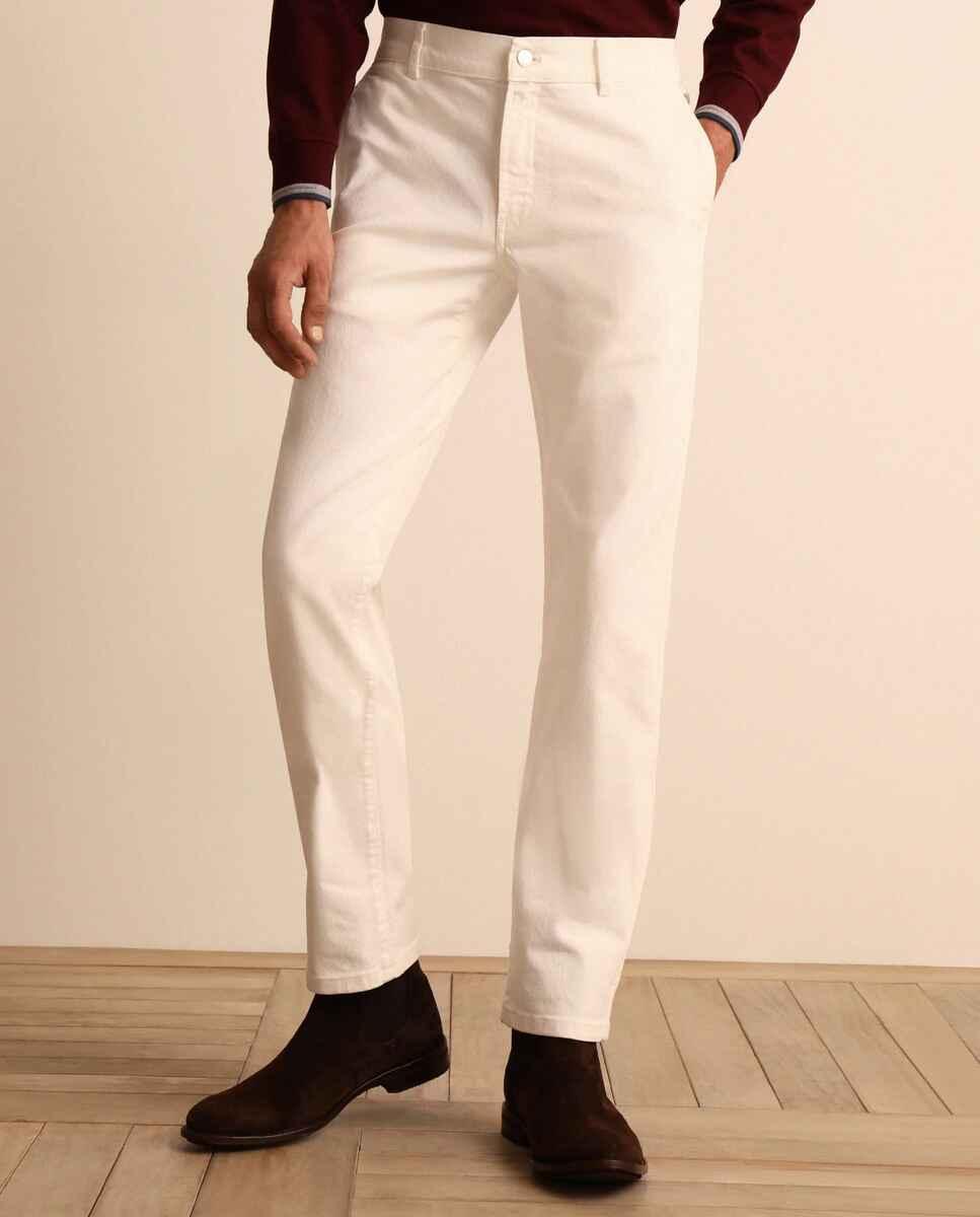 Pantalón 5 bolsillos de hombre de la Colección Black slim blanco