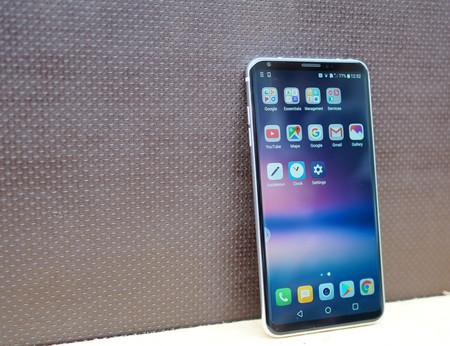 LG ya tiene clientes para sus OLED: Xiaomi, Huawei, Vivo y OPPO empezarán a usarlas