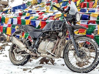 Trail puro y sin concesiones, así es la Royal Enfield Himalayan