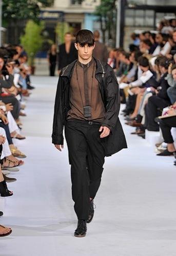 Dior Homme, Primavera-Verano 2010 en la Semana de la Moda de París II