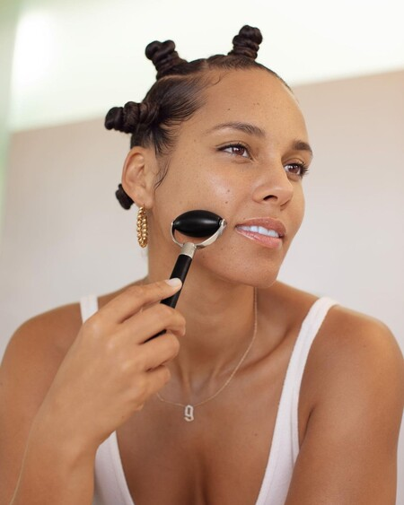 Alicia Keys presenta los tres primeros productos de su línea de cuidado de la piel con los disfrutar de un verdadero ritual  de belleza
