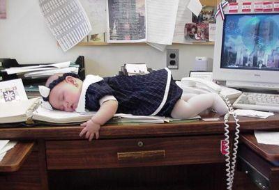 """""""El trabajo es un obstáculo para la maternidad, no al contrario"""" según la socióloga Isabel Aler"""