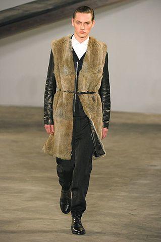 Foto de 3.1 Phillip Lim, Otoño-Invierno 2010/2011 en la Semana de la Moda de Nueva York (13/13)