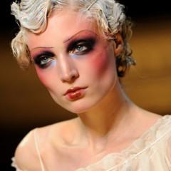 Foto 15 de 16 de la galería john-galliano-primavera-verano-2011-en-la-semana-de-la-moda-de-paris en Trendencias