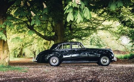 Lunaz Design, la compañía que convierte en coches eléctricos joyas como el Rolls-Royce Phantom o el Jaguar XK120