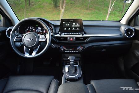 Mazda 3 Vs Volkswagen Jetta Vs Kia Forte 16