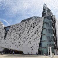 """Un edificio ecologico no sólo consume menos energía, también se """"come"""" la contaminación"""