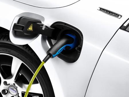 Volvo V60 Plug In Hybrid 2