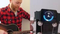 Ya puedes afinar tu guitarra utilizando Android Wear con atHandTuner