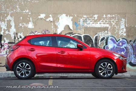 Mazda2 2016 5