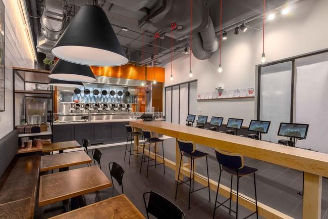 Spyce el primer restaurante que combina una cocina robótica con platillos complejos y la ausencia de chefs
