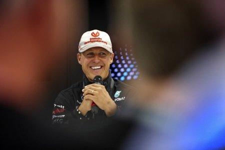 """Michael Schumacher: """"Voy a seguir el año próximo, es definitivo"""""""