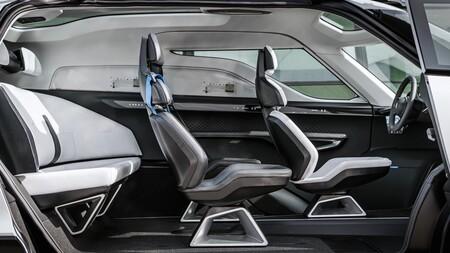 Porsche Vision Renndienst Interior 6