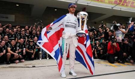 Lewis Hamilton es tricampeón y se corona en el Gran Premio de Estados Unidos